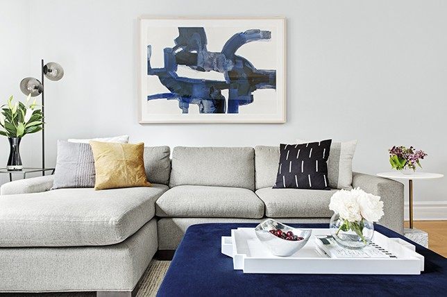 15 Ways To Style A Grey Sofa In Your Home | Décor Aid