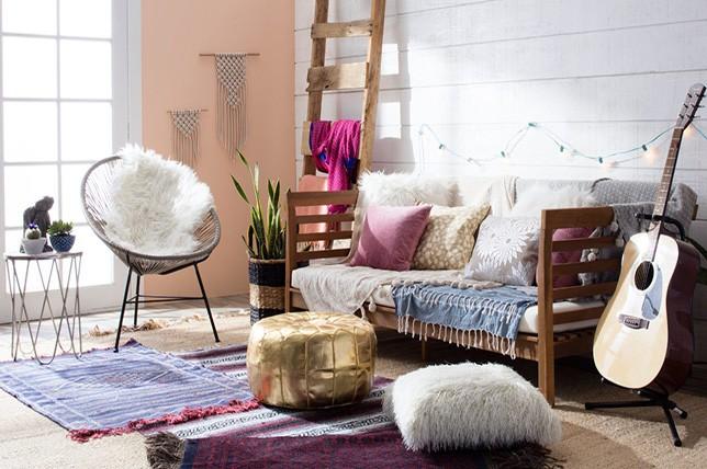 boho summer living room
