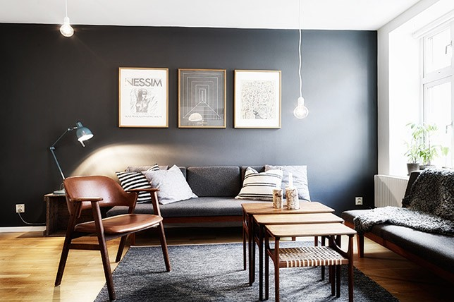 The Surprising Dark Accent Walls Trend To Try Décor Aid