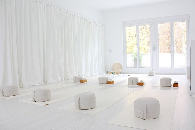 Meditation Room Ideas How To Create A Tranquil Oasis Decor Aid