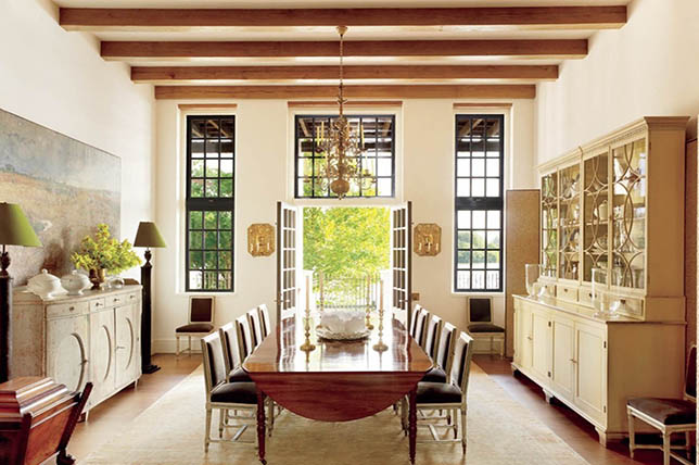 Traditional Dining Room Interior Design