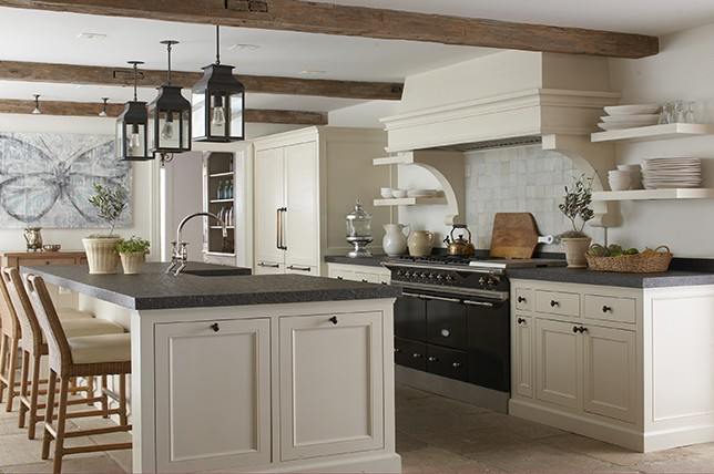 traditional-english-kitchen-renovation-trends-2019