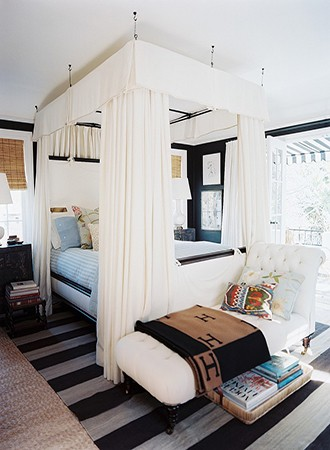 suspended contemporary canopy bed