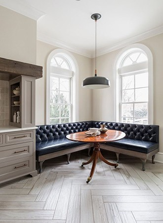 elegant kitchen Banquette