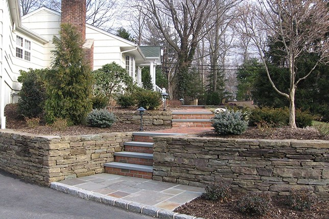 stairway retaining wall ideas