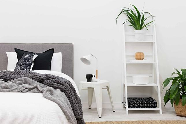 ladder bedroom storage ideas