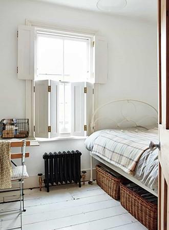 basket bedroom storage ideas