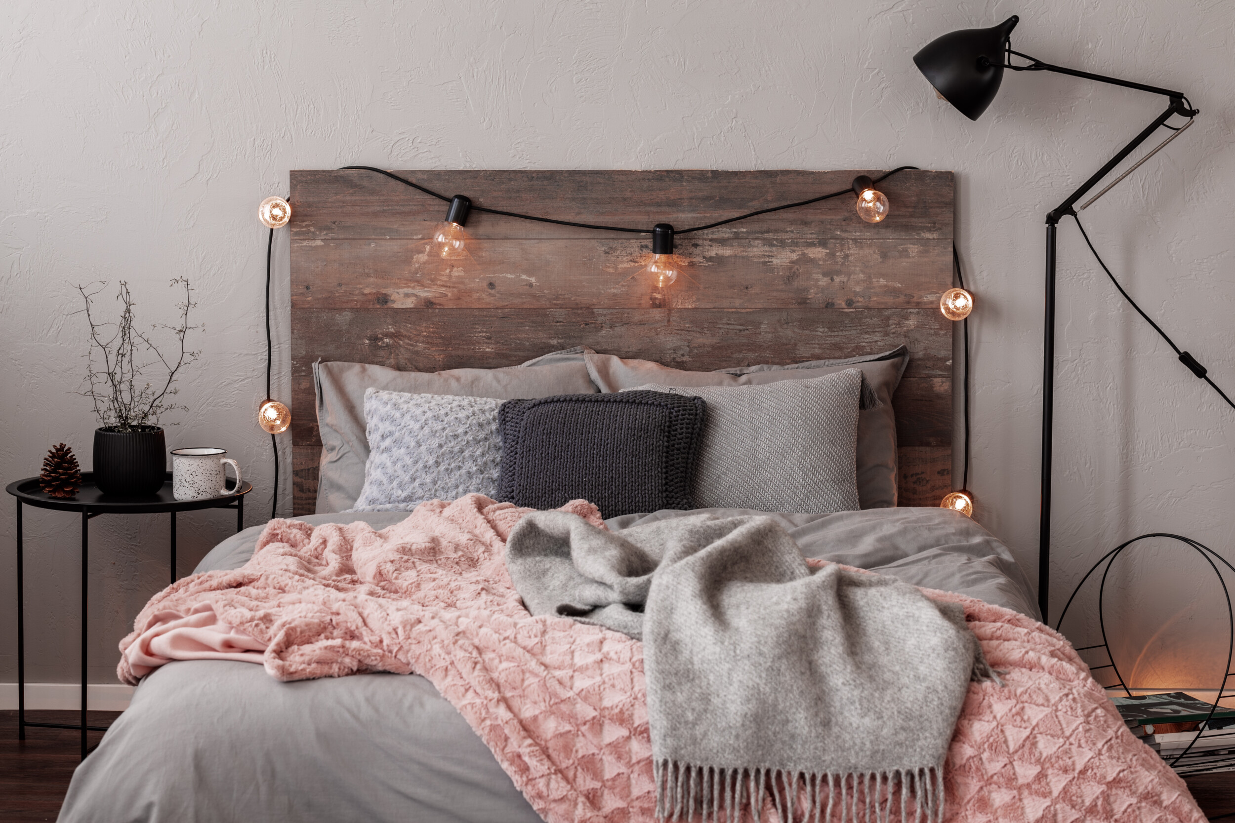 bedding with oversized blanket