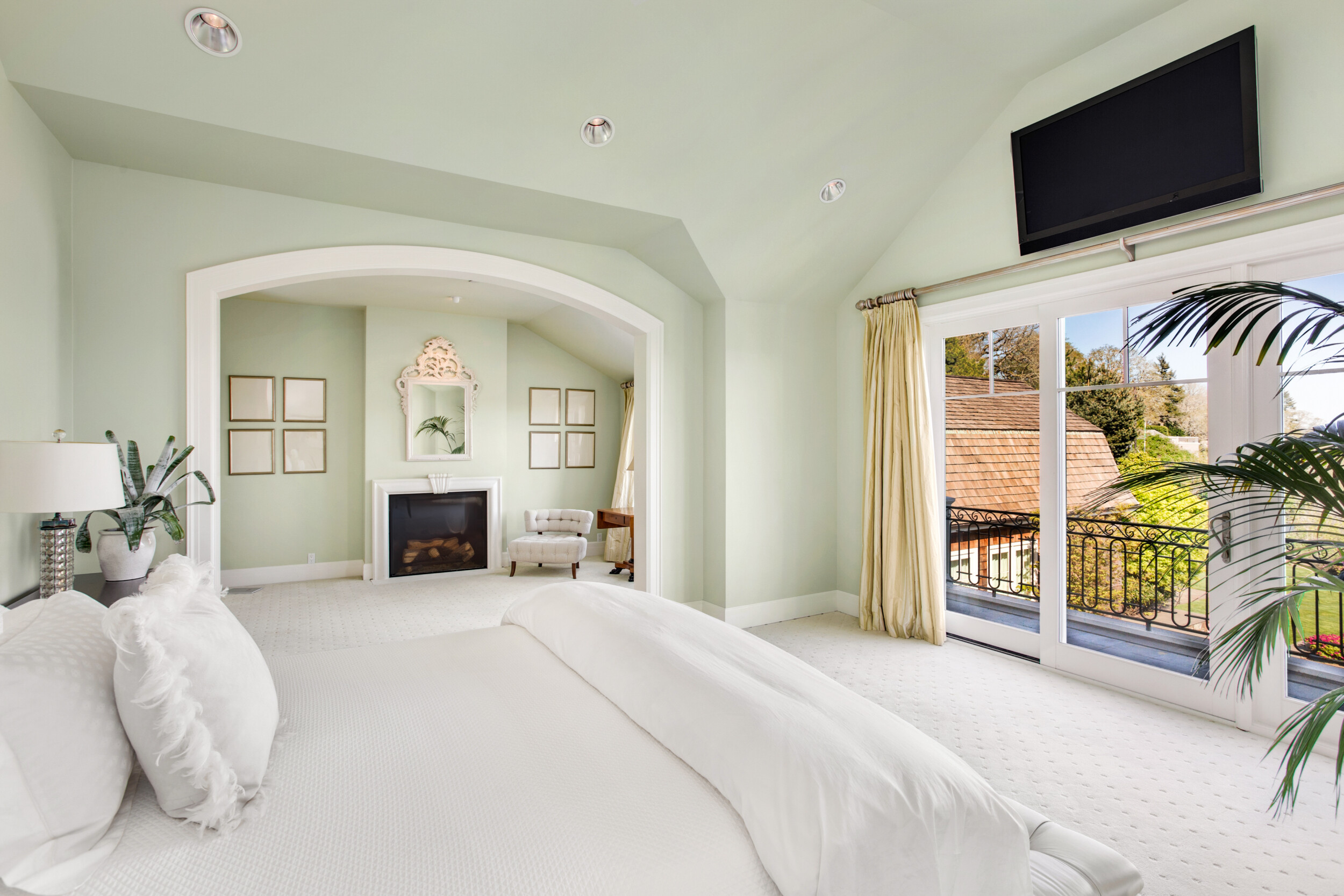bedroom with vaulted ceiling green