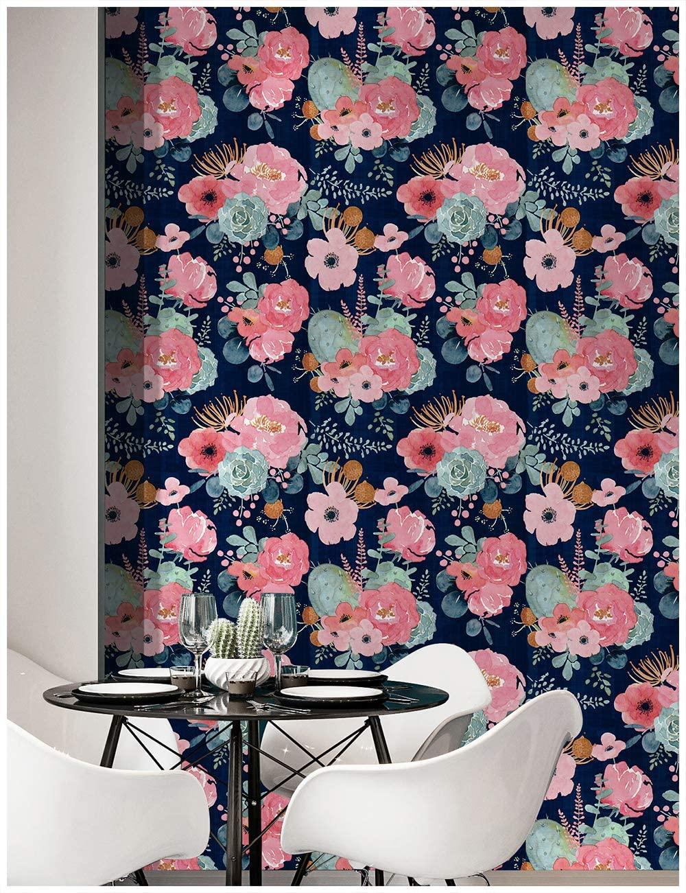 big floral wallpaper idea