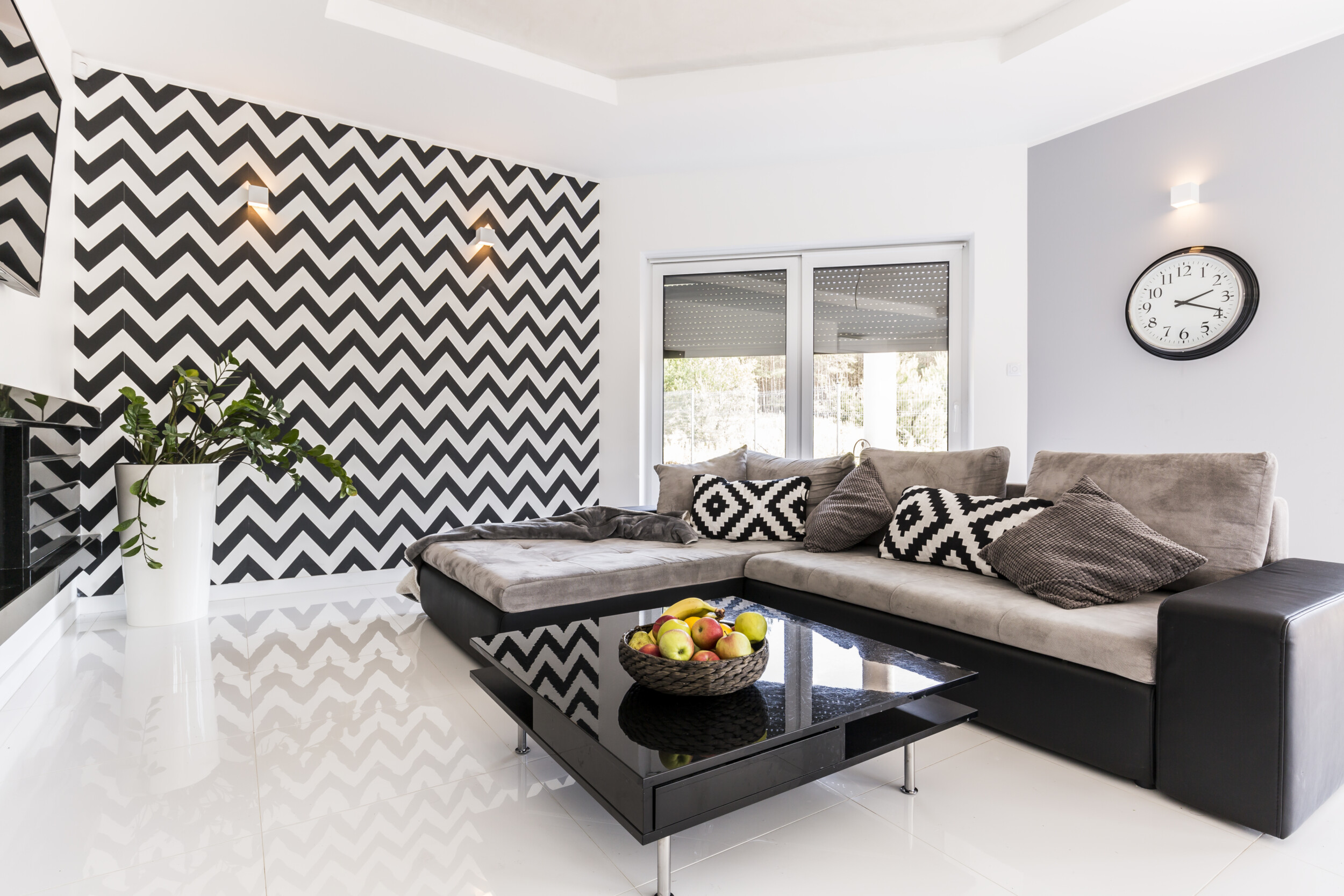 black white wallpaper