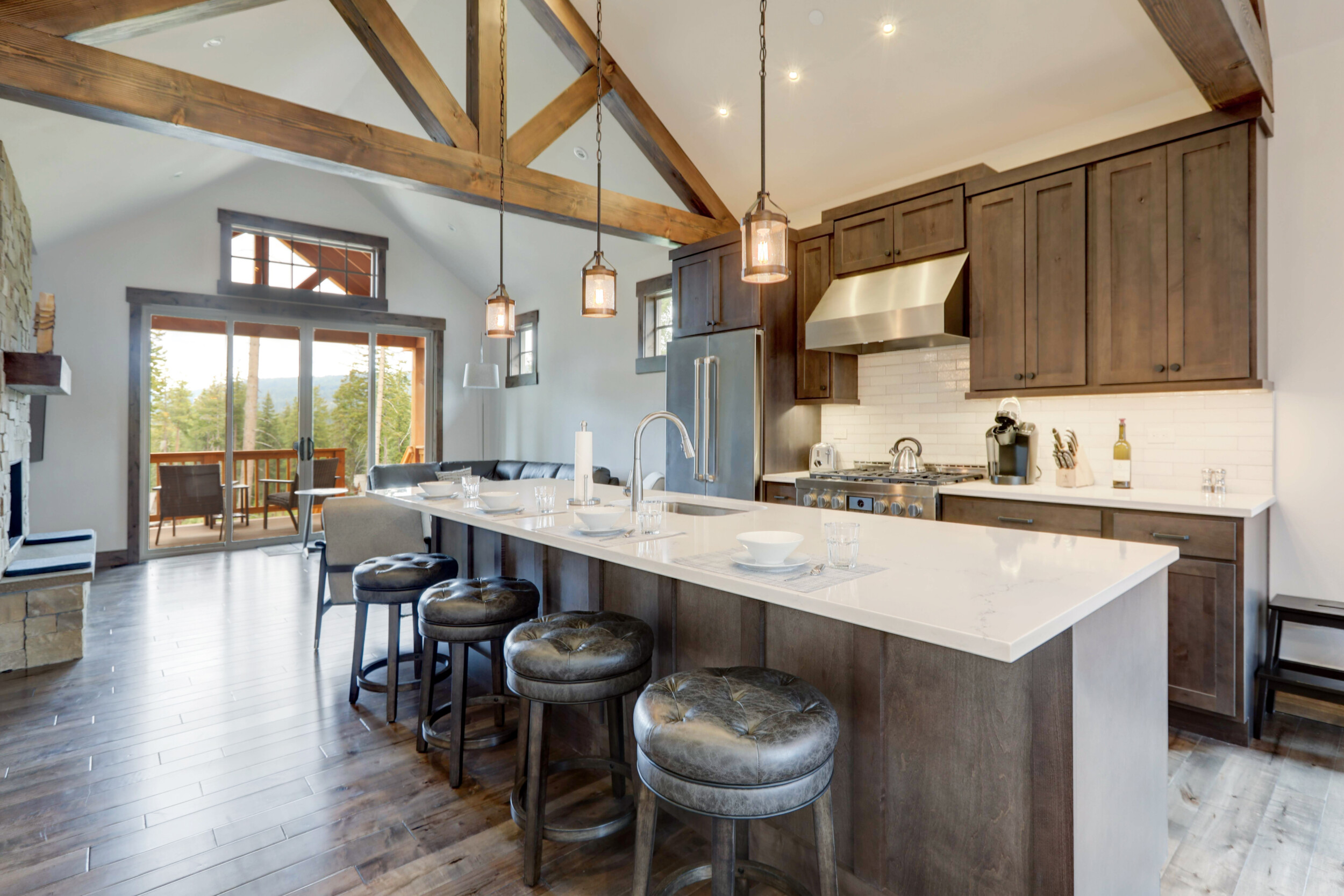 kitchen wooden beams vaulted ceiling