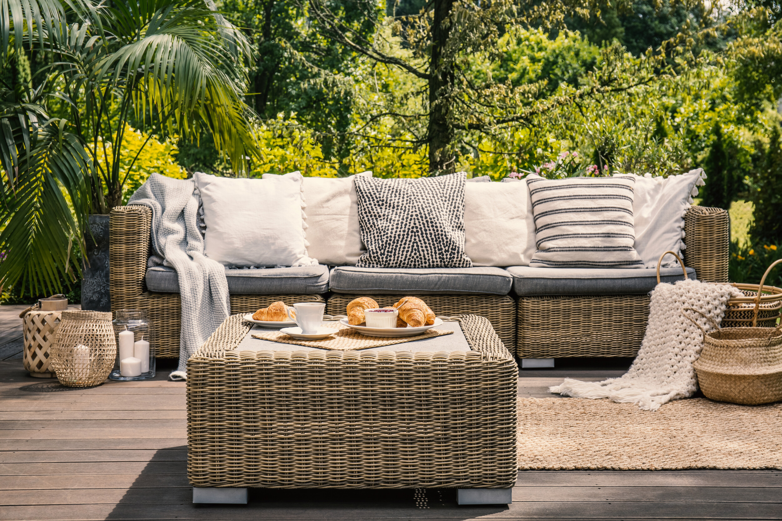 outdoor deck sofa