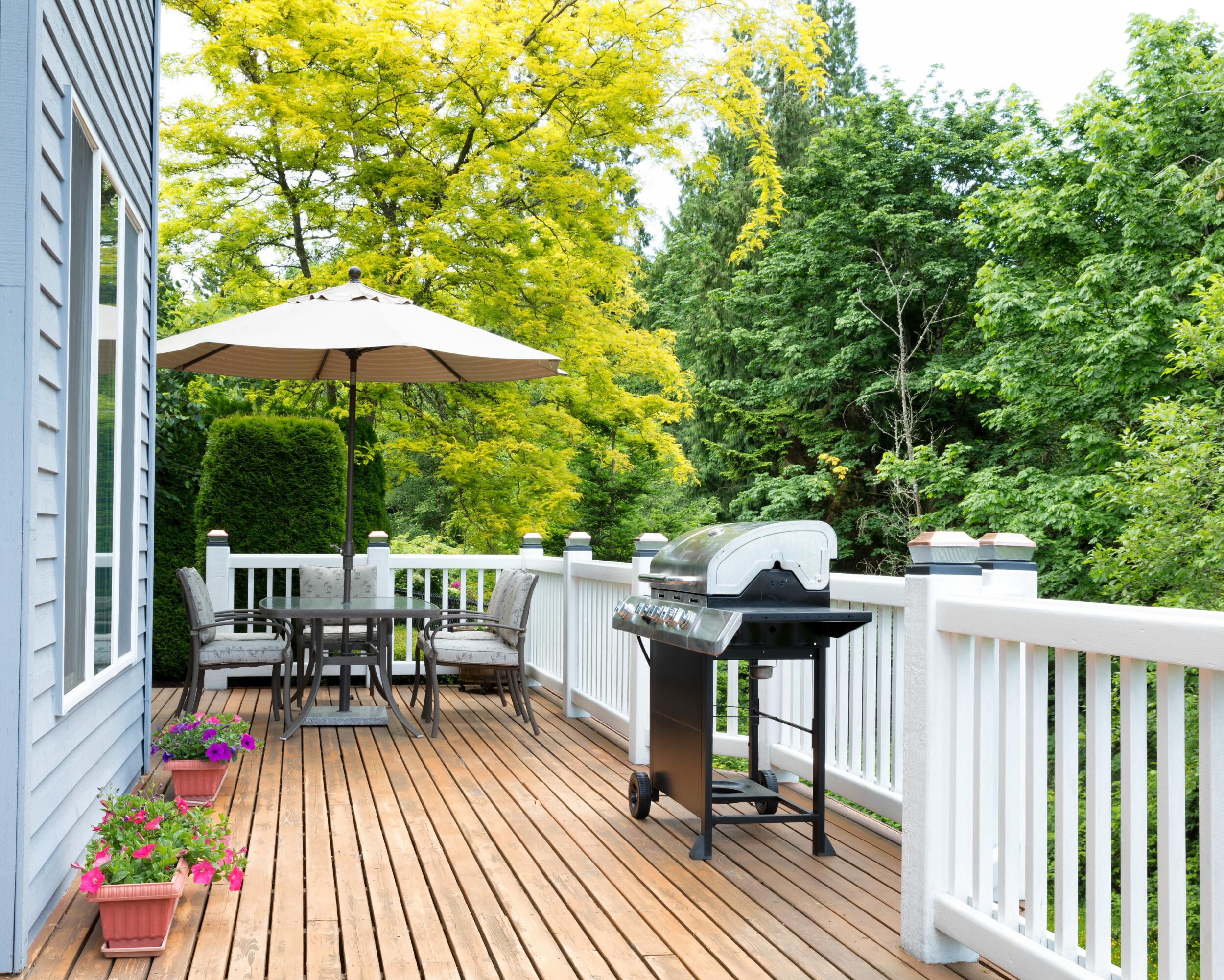 outdoor deck white railing