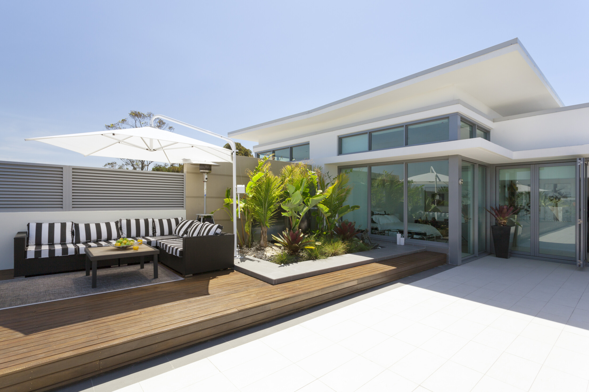 outdoor deck with white tiles