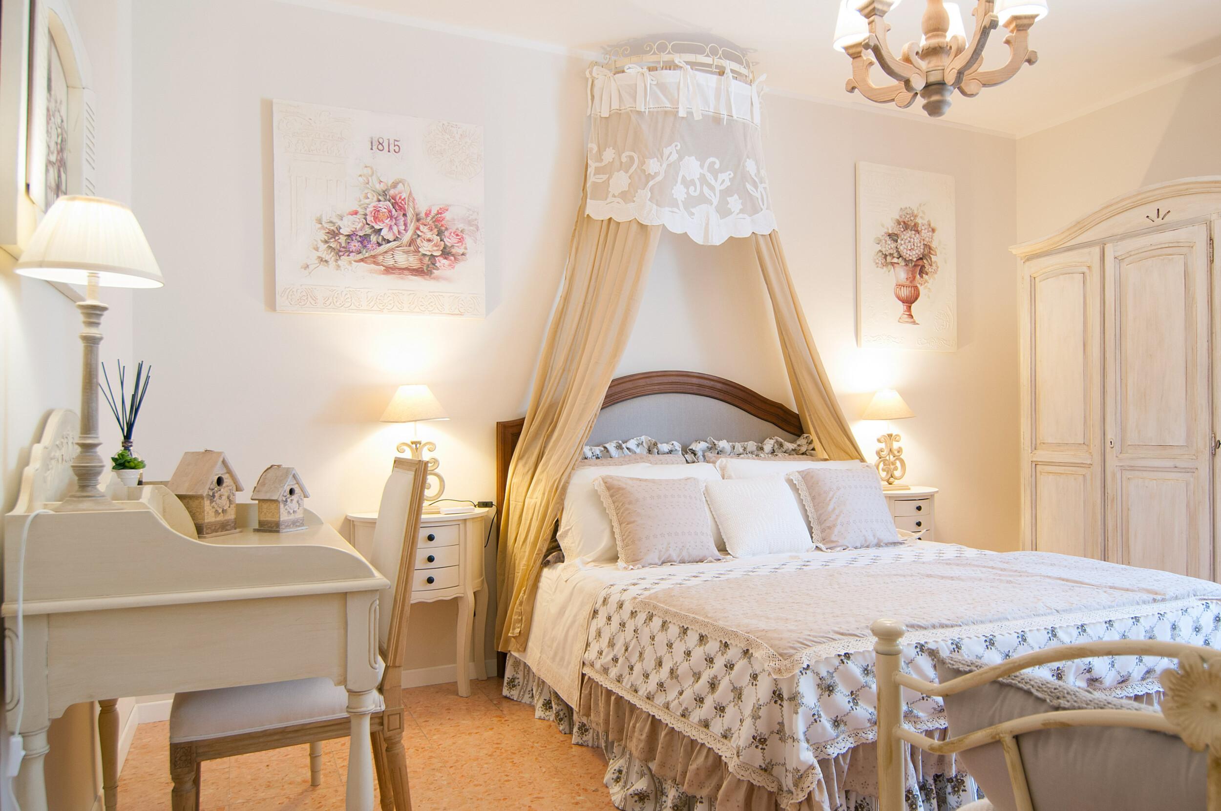 shabby chic bedroom interior design