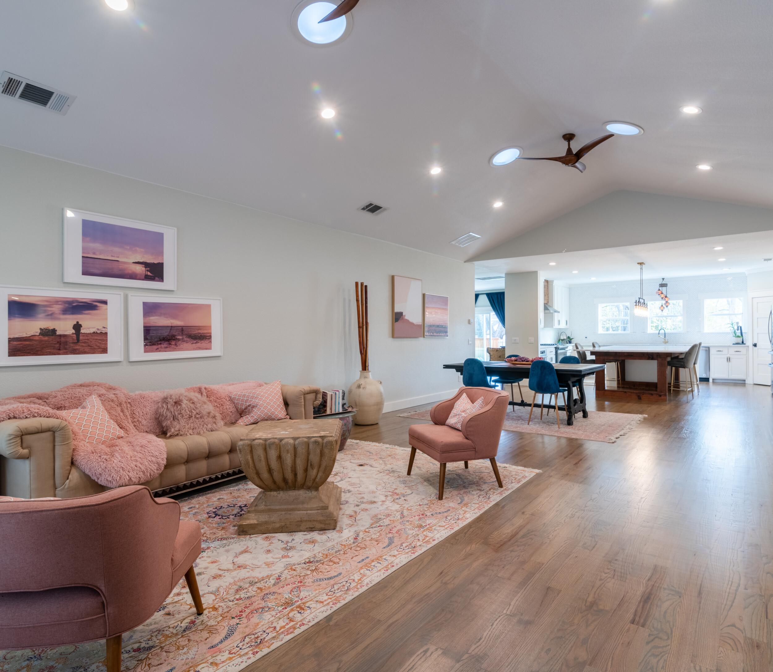 transitional living room interior design