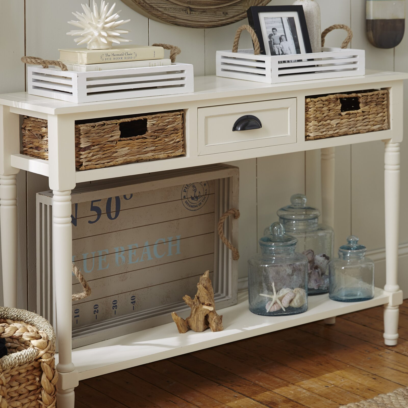 White Wood and Wicker for a Nautical Theme